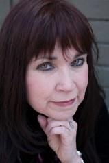 Syndee Barwick is a YA fantasy author.