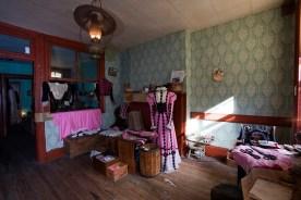 levines-family-garment-workshop-tenement-museum