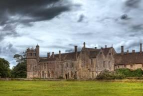 lacock-abbey-cotswolds