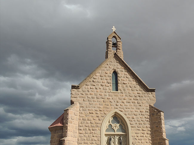 bueblo-church