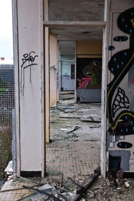 Lycee-St-Joseph-Demolition-1-53