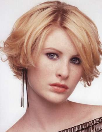 best Short Haircuts For Square Face And Thick Hair image collection