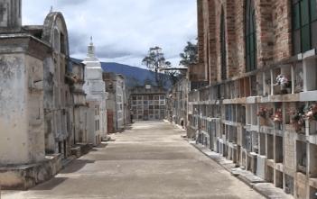 La razón del sellamiento del cementerio
