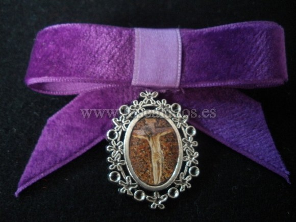 Medalla del Cristo de La Laguna con lazo