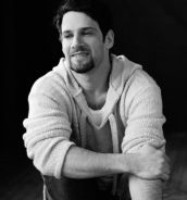 Justin Bartha Photoshoot