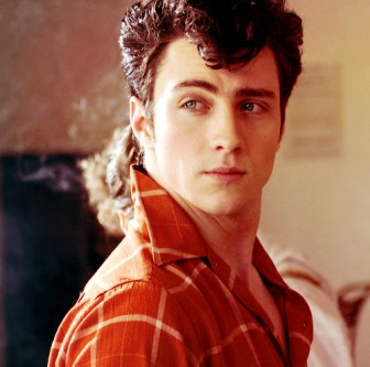 aaron-johnson-boy-hot-man-meu-aaron-nowhere-boy-Favim.com-55175