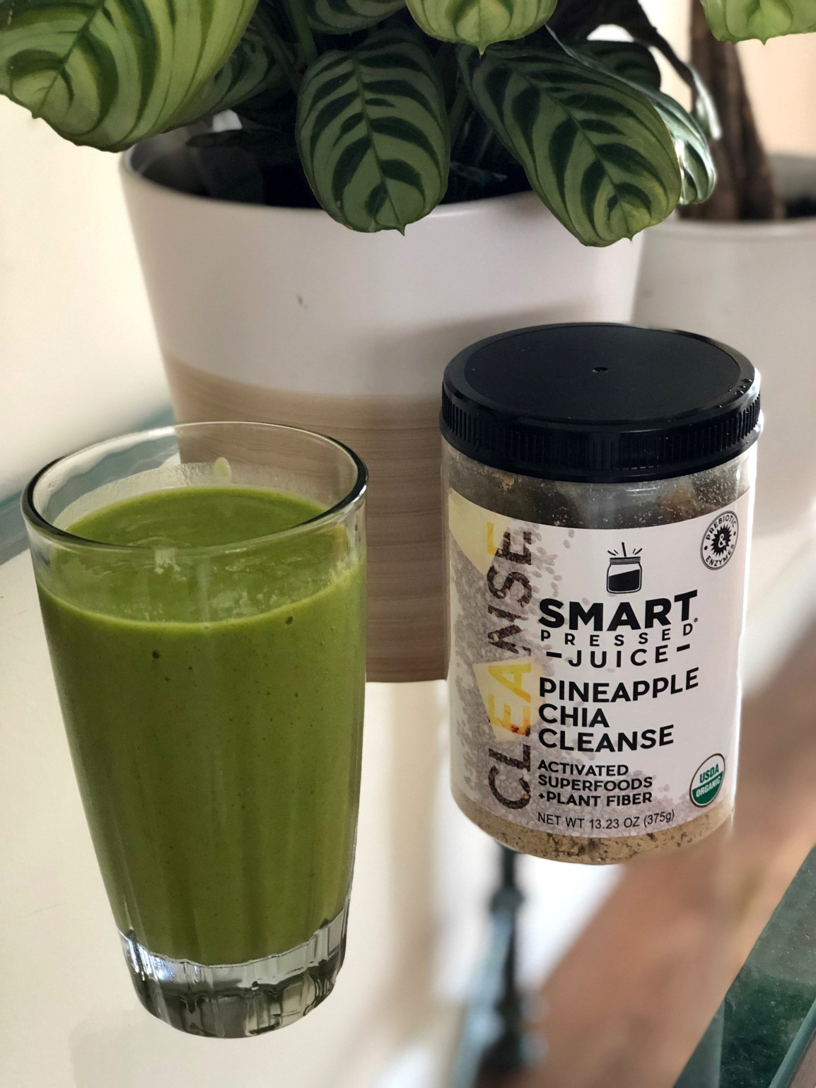 Smart Pressed Juice Pineapple Chia Cleanse Smoothie and Product