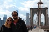 Juny tapando el One World Trade Center