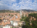 Espectaculares vistas de los barrios más humildes de Medellín