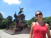 """Monumento a José Francisco de San Martín. En Argentina le llaman """"padre de la Patria"""" o el «Libertador» y se lo valora como el principal héroe de la independencia Argentina."""