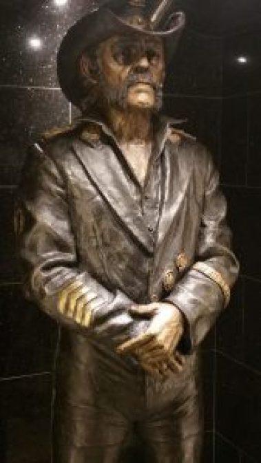lemmy estatua