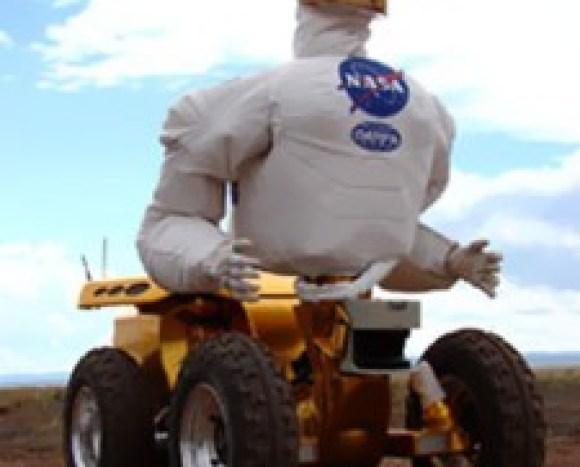 El ROBOTNAUT 2 o también denonimado R2.