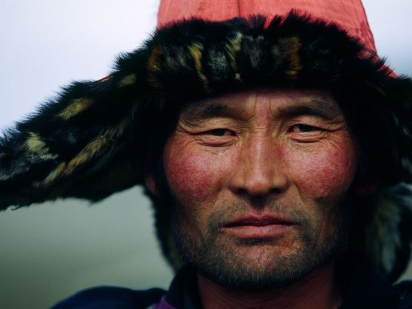 western-mongolian-man_12253_600x450