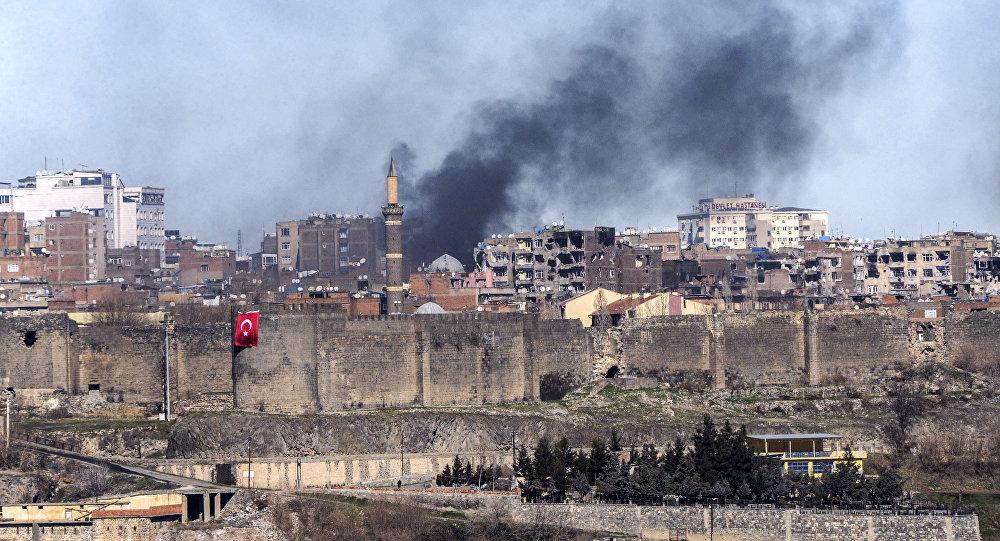 esplosione-turchia-diyarbakir