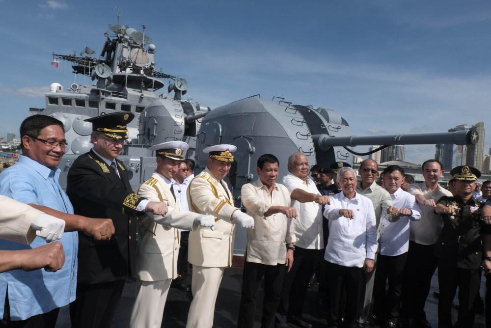 duterte-russia-ship-2.jpg