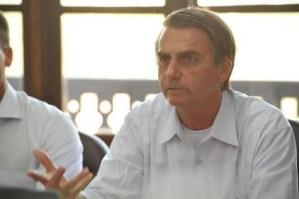 Omofobo e misogino: chi è il prossimo (probabile) presidente brasiliano