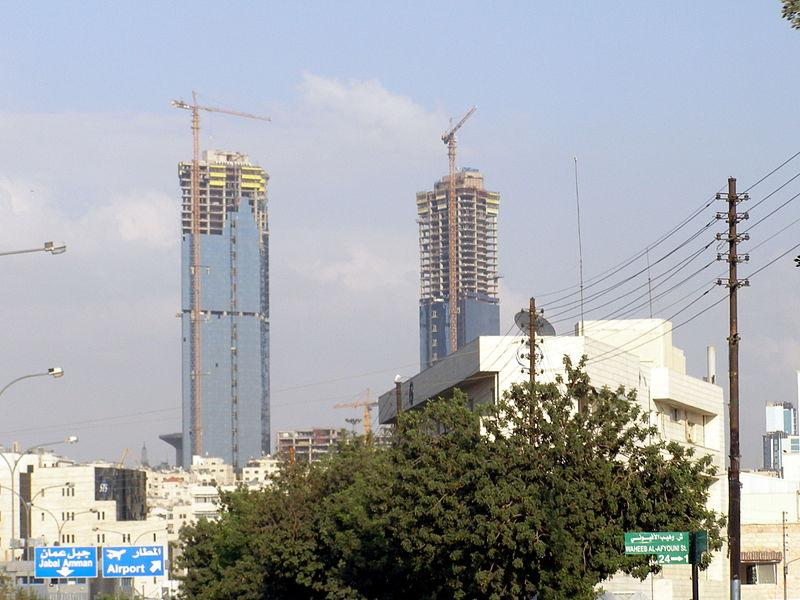 800px-Gate_Towers-Jordan-Amman
