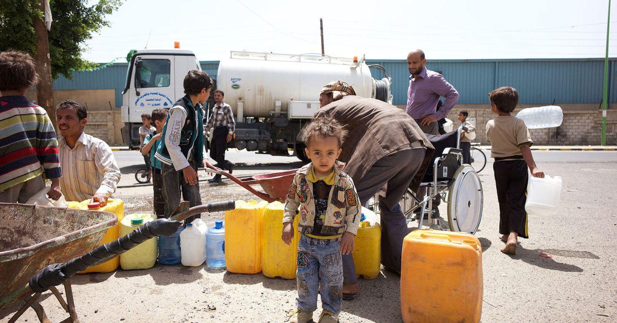 Waiting-yemen