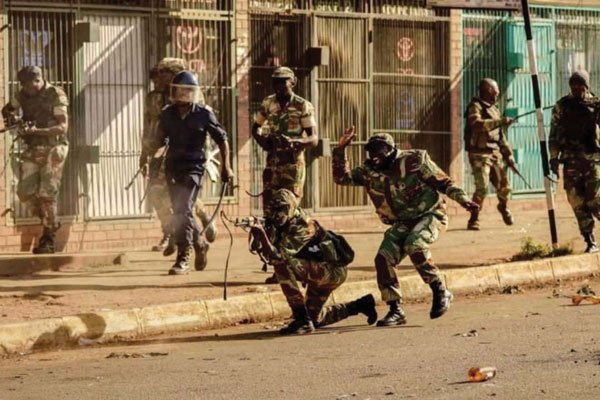 soldati nigeriani
