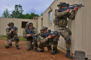 La Nato si espande ancora: il Montenegro entra nell'Alleanza