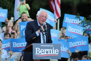 Not me. Us. Il ritiro di Bernie Sanders e il futuro del movimento