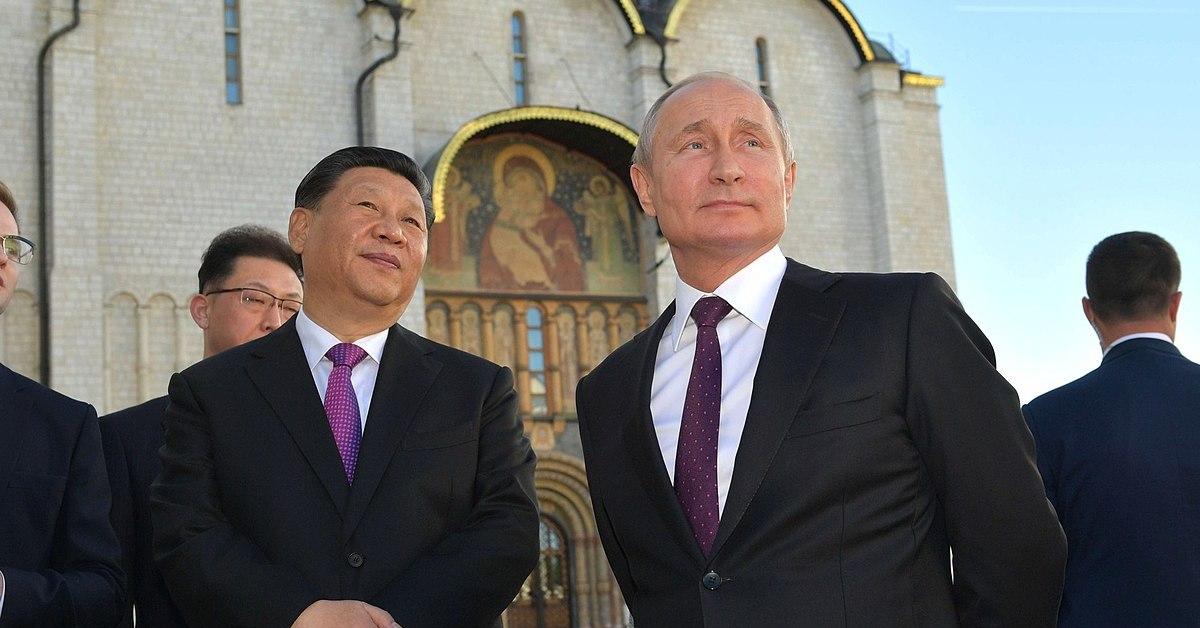 Una foto di Putin e Xi Jinping, durante un meeting tra Russia e Cina