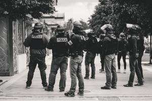 Polizia e carceri negli USA: quando la legge diventa uno strumento repressivo