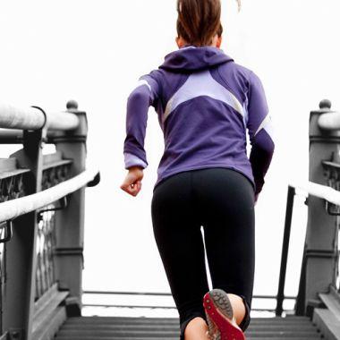 Cinco ejercicios que puedes hacer durante un día normal