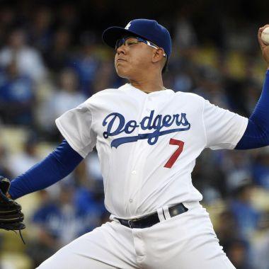 Julio Urías debut 2017 Dodgers
