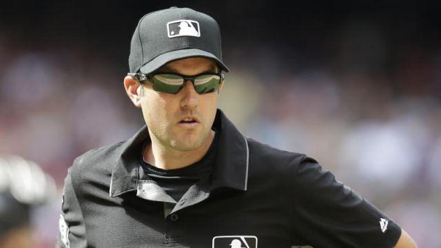 Umpire Grandes Ligas suicidio