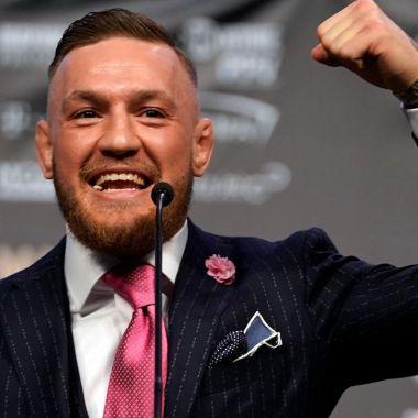 Conor, McGregor, Fuck You, tatuaje, Floyd Mayweather, box, pelea, fanático, traje