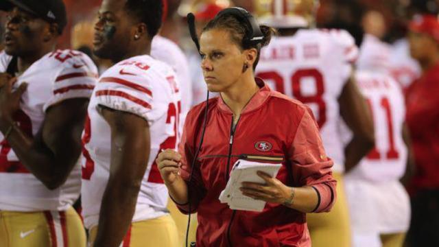Katie Sowers NFL San Francisco Entrenadora LGBT