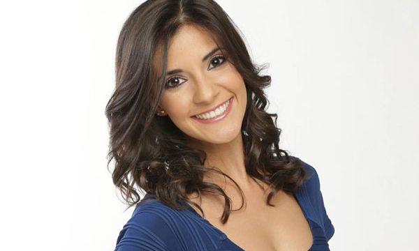 Renata Ibarrarán Conductora Boda Himno Champions League