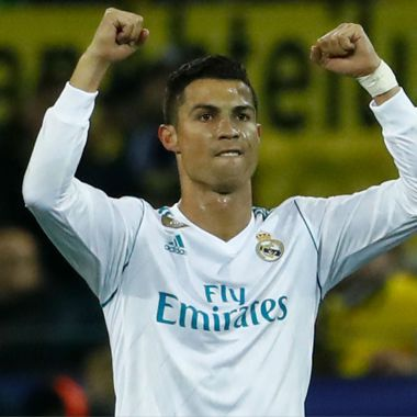 Cristiano Ronaldo, CR7, joven, festeja, a su lado, gol, Champions League, burla, seguridad