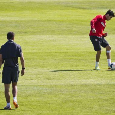 Diego Costa, entrena, Atlético de Madrid, no puede jugar, sanción, FIFA, Enero 2017