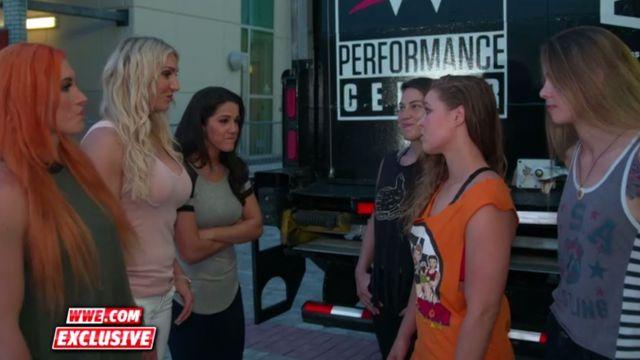 Ronda Rousey WWE video reto Charlotte Flair