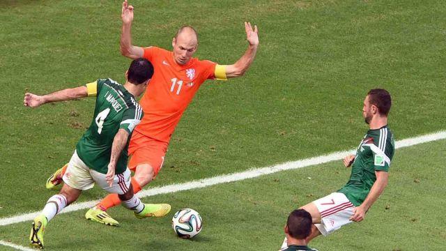 No era penal, aficionado, ha tuiteado, 3 años, Holanda, Arjen Robben, respuestas, eliminación Mundial, José Luis Mercado