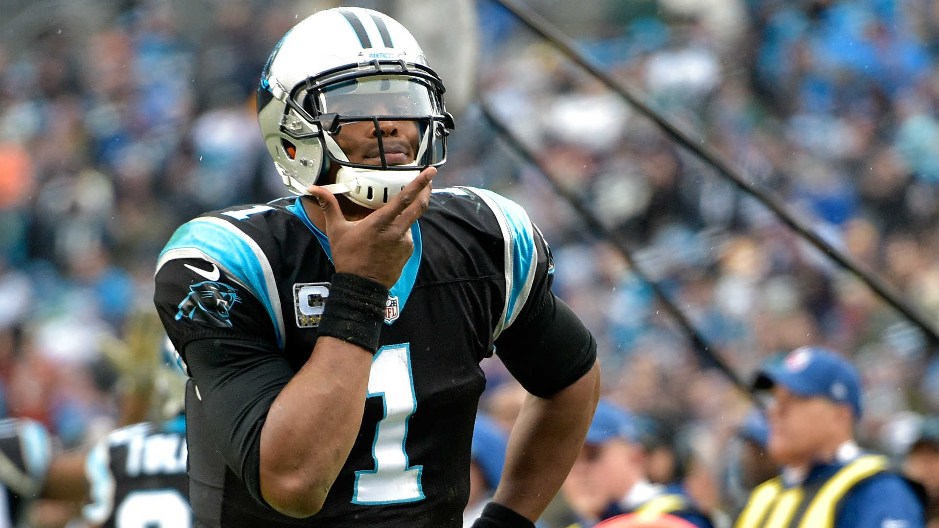 Cam Newton Panthers misógino reportera NFL QB Carolina