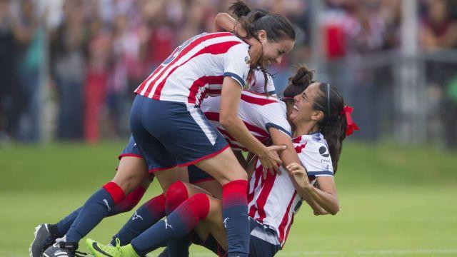 Clasico nacional, Clásico, Liga femenil, Chivas, América, Estadio Chivas, Gol olímpico, semifinales, gana chivas, partido de ida