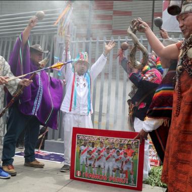 Perú Nueva Zelanda Mundial brujos chamanes video