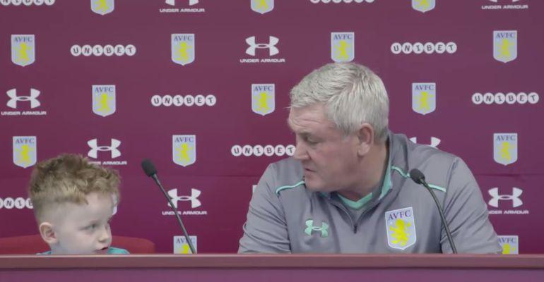 Aston Villa Carter Carrington sin pierna Steve Bruce
