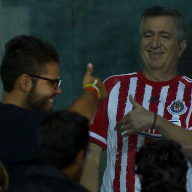 La crisis de Chivas no solo es deportiva: Vergara pidió préstamo millonario