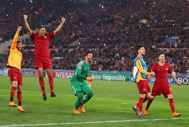 Roma festeja eufóricamente su triunfo contra Barcelona