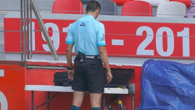 VAR utiliza primera vez futbol mexicano