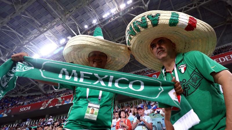 Aficionados Selección Mexicana Mundial Rusia 2018 Camión