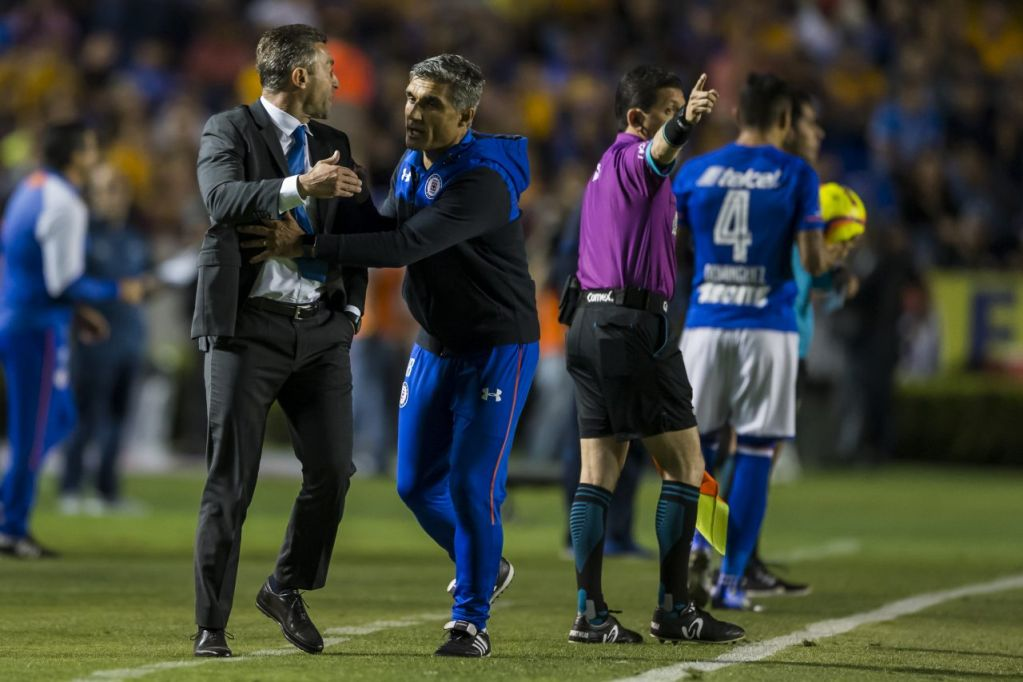 Pedro Caixinha, Diario Deportivo, O Jogo, Cruz Azul, Entrenador, Agreden, Estadio, Universitario, Afición, Tigres