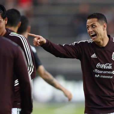 """""""Chicharito"""" prefiere regresar a Manchester United que a Chivas"""