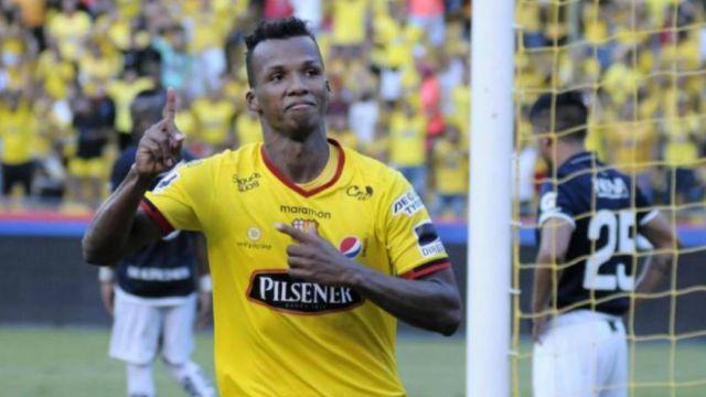Cruz Azul ficha a Darío Aimar
