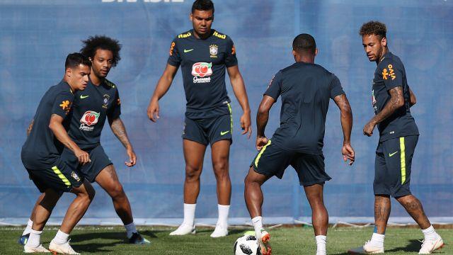 ¿A qué hora juegan Brasil vs Suiza?