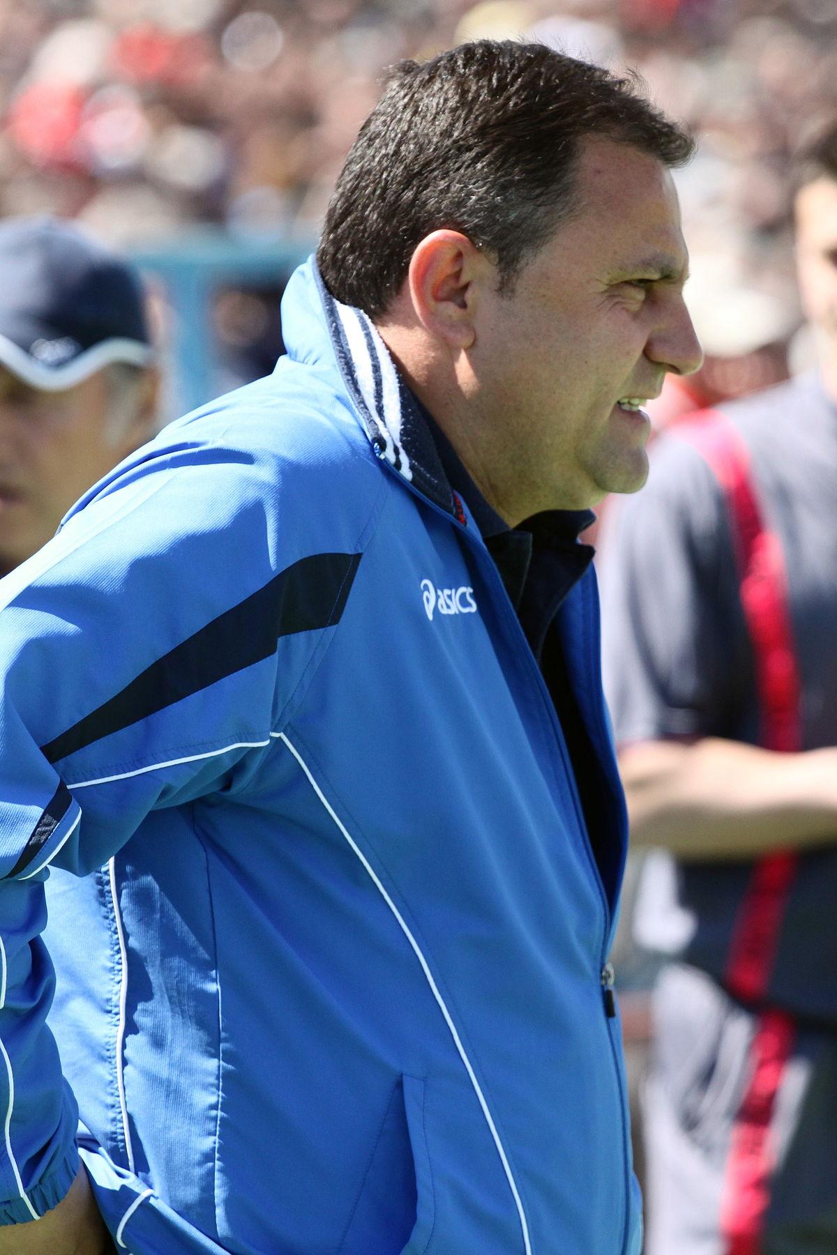 Entrenador Búlgaro, Atanas Dzhambazki, Agresión Árbtiro, Bulgaria